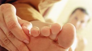 Maternity Reflexology to Ease Common Pregnancy Discomforts