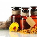 3 Essential Oils For Your Home First-Aid Kit
