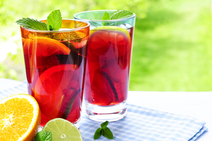 Try These 7 Healthy Summer Drinks (All Under 150 Calories)