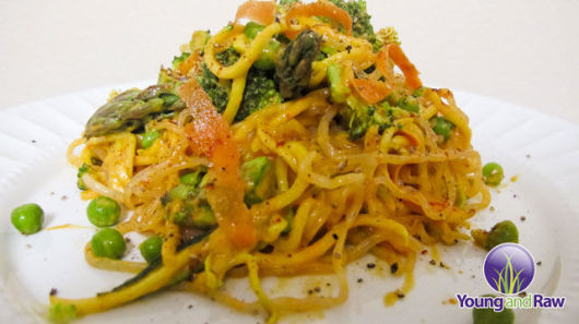 Raw Vegan Asian Red Pepper & Asparagus Spring Pasta