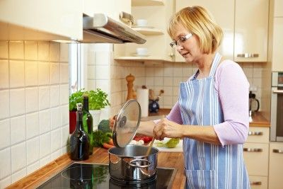 Cooking Habits That Can Make You Sick