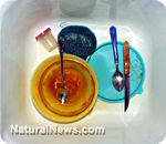 Hot Food In Melamine Tableware Linked To Formation Of Kidney Stones