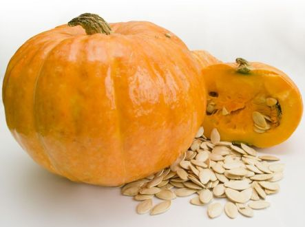7 Health Reasons Why You Should Eat Pumpkin and Pumpkin Seeds