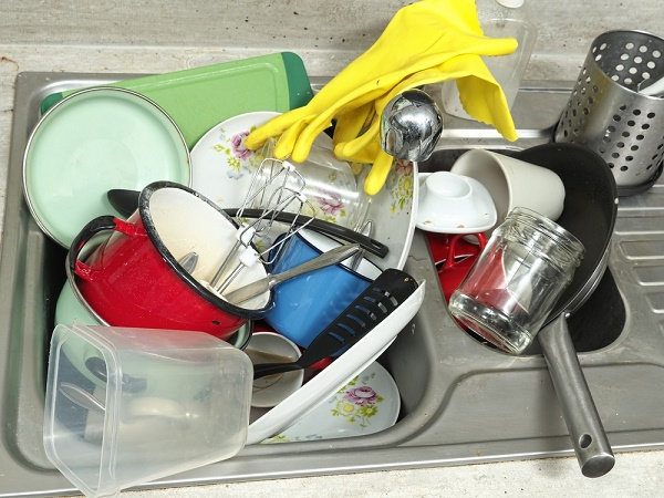 Cluttered and messy homes are a major source of stress. Image via: pryzmat | Shutterstock.