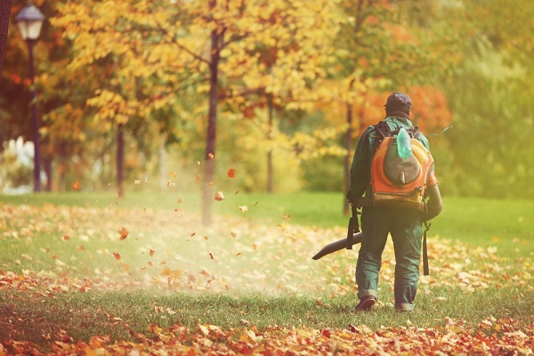Noise pollution, such as that emitted by leaf blowers, has been found to contribute to anxiety. Image via: Sokolova23 | Shutterstock.