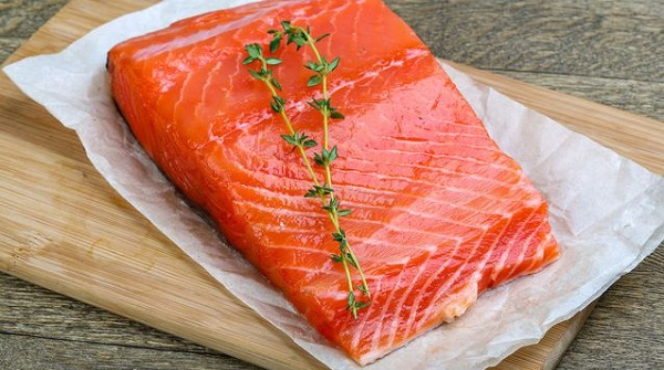 10 Best Foods to Prevent Flu: Wild-caught salmon