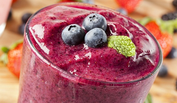 Blueberries, as well as other berries, should be eaten raw at least part of the time.
