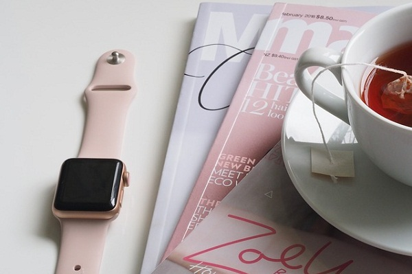 Pick up yearly magazine subscriptions on topics of her interest from Mother's Day sales.