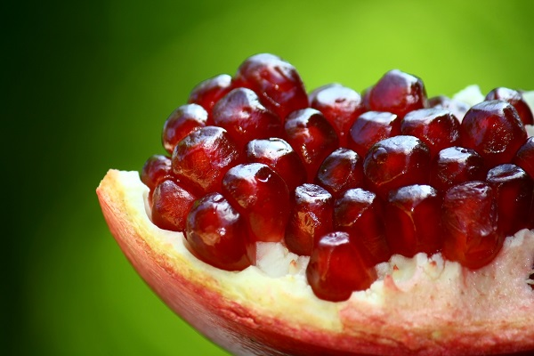 The anti-aging properties of pomegranates improve the appearance of your skin.