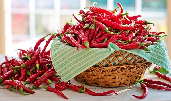 Cayenne peppers contain a potent cancer-fighting and disease-blasting compound called capsaicin.