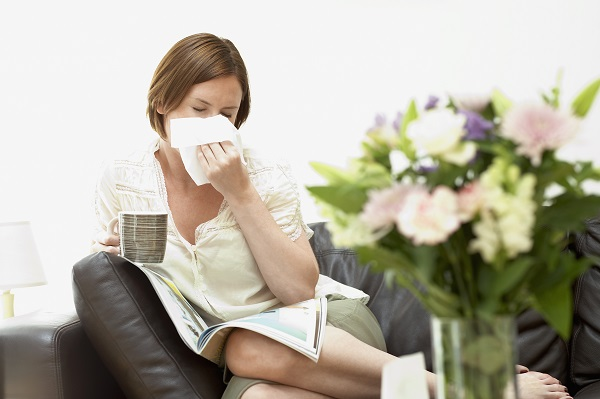 Self massage can unblock your sinus passages and relieve the symptoms of a cold.