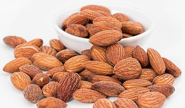 A one-ounce serving of almonds contains 75 mg of magnesium.