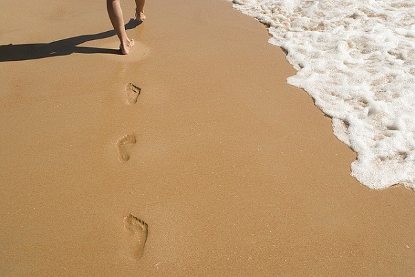 If you aren't sure whether you have flat feet, look out for your wet footprints or walk on the beach.