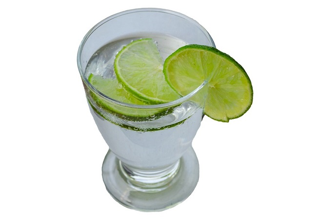 Adding lemon juice to your drinking water is a simple way to benefit from lemons every day.