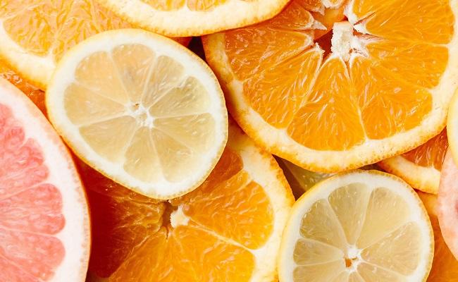White grapefruit has 1.7 micrograms of selenium which has anti-cancer properties.